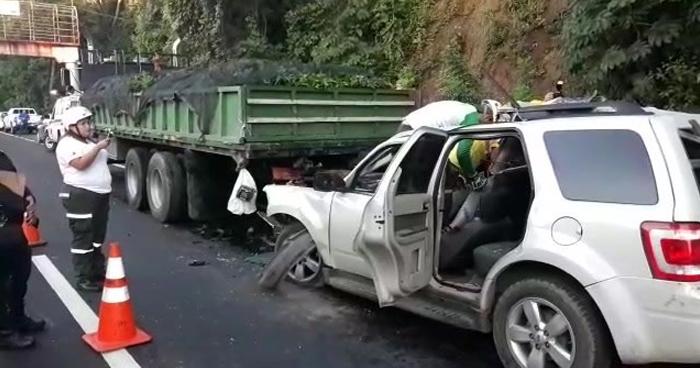 Conductor fallecido tras choque en carretera de Coatepeque, Santa Ana