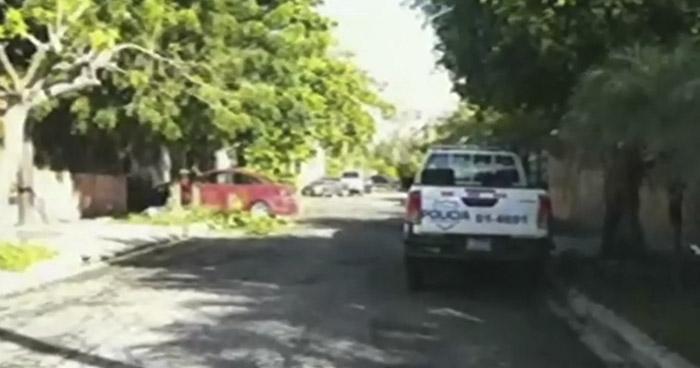 Hombre muere al caer de un árbol en colonia de San Salvador