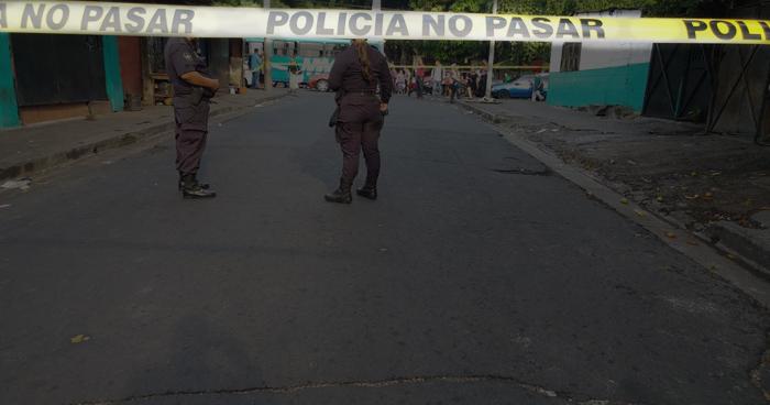 Un hombre muere tras sufrir paro cardíaco en el centro de San Salvador