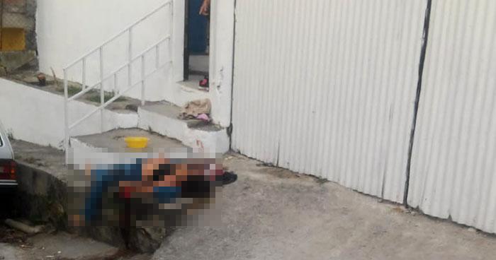 Matan a una mujer frente a una vivienda en colonia Santa Lucía de Mejicanos