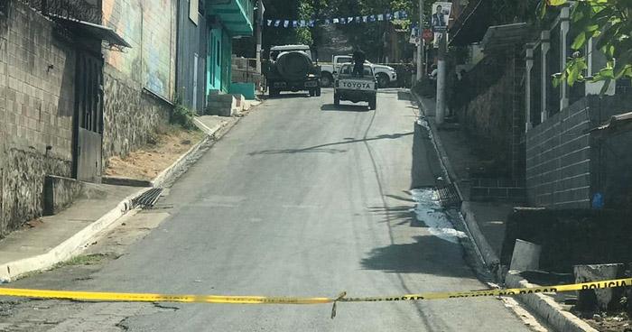 Pandilleros asesinan a propietario de una ferretería en San José Villanueva