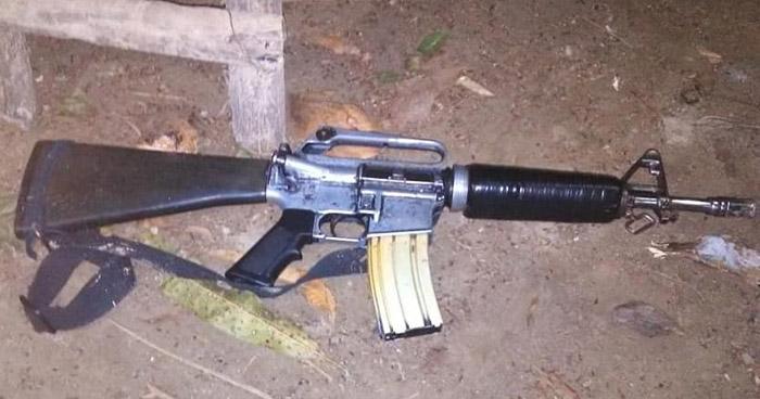 Pandillero herido y un M16 incautado tras enfrentarse a policías en Panchimalco
