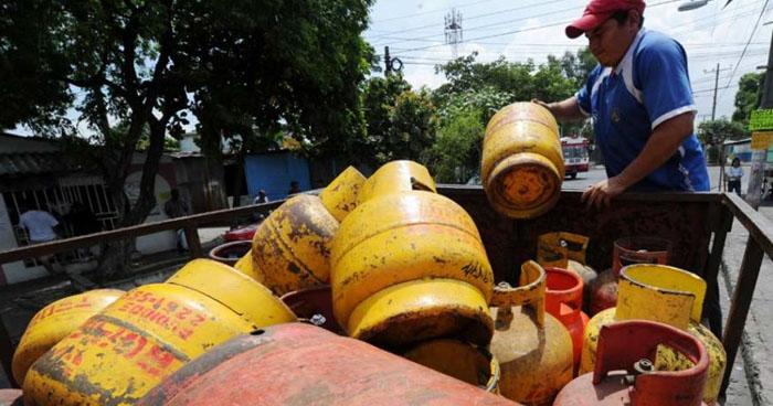 Precios del gas propano bajarán hasta $1.50 durante el mes de diciembre
