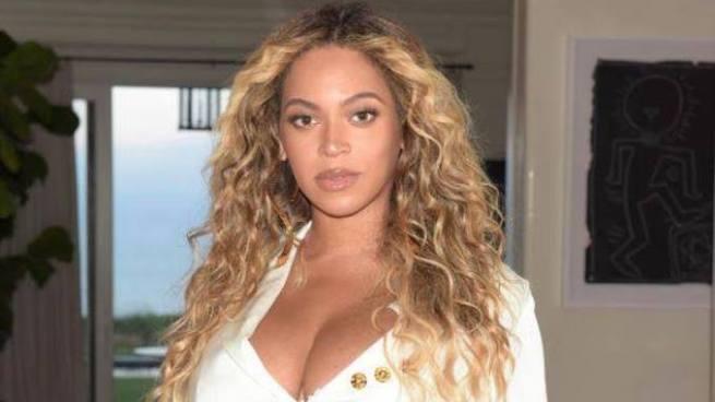Beyonce presenta a sus gemelos en Instagram