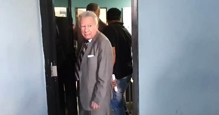 Expresidente de la Corte de Cuentas será liberado al pagar fianza de $25,000