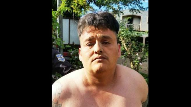 Capturan a delincuente de alta peligrosidad acusado de varios delitos en Chalatenango