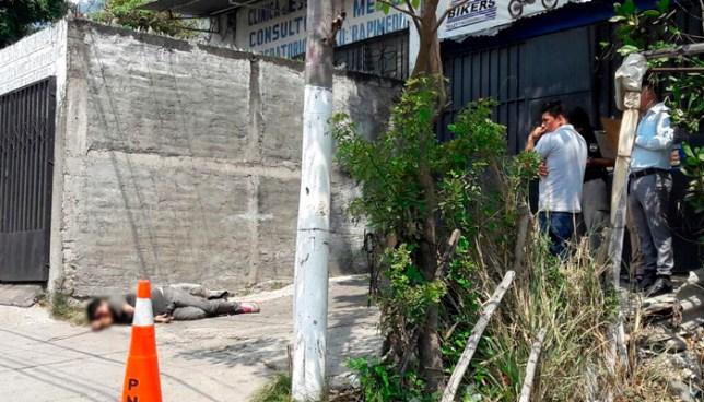 Hombre muere al ser atropellado por un vehículo en Mejicanos