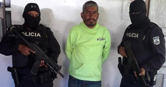 Capturan a pandilleros sospechosos de haber perpetrado un homicidio en Salcoatitán