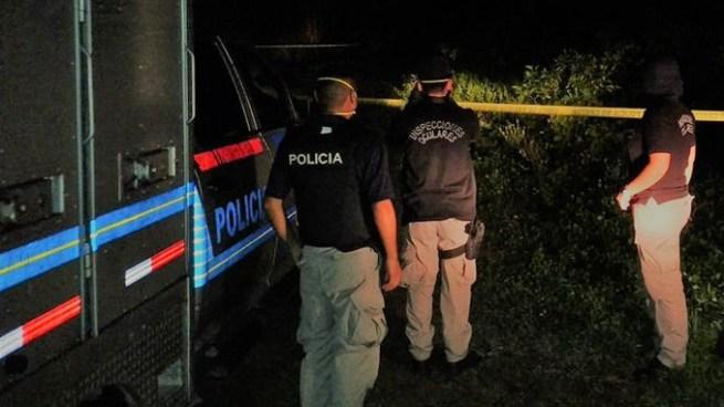 Siete delincuentes acorralan a un hombre y lo acribillan a balazos dentro de su vivienda en Ahuachapán