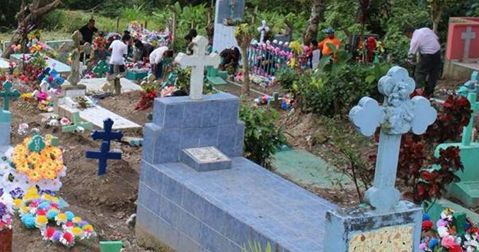 Hombre fue asesinado al interior de un cementerio en Cuscatlán