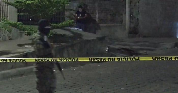 Asesinan a dos hombres en colonia de Ayutuxtepeque