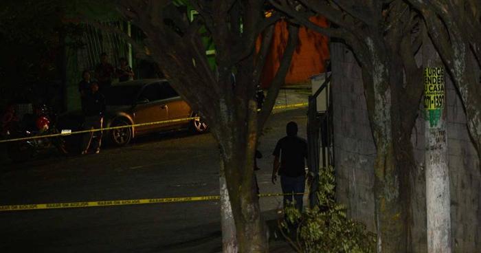 Sujetos desde un vehículo disparan y matan a un hombre en Jiquilisco, Usulután