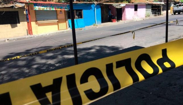 Pandilleros asesinan a un joven al interior de un establecimiento en Mejicanos