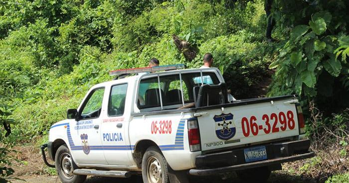 Asesinan a un hombre y lanzan su cadáver al interior de un río en Nahuizalco, Sonsonate