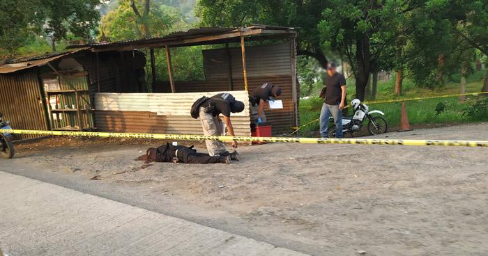 Matan a asaltante en para de buses sobre carretera Troncal del Norte, Ciudad Delgado