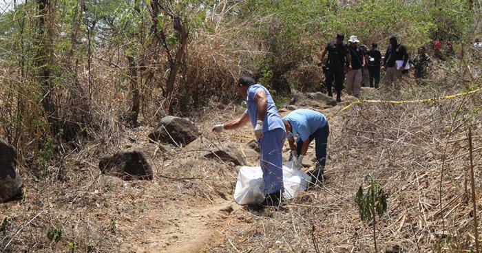Encuentran el cadáver de un joven universitario, que fue asesinado en San Julián, Sonsonate