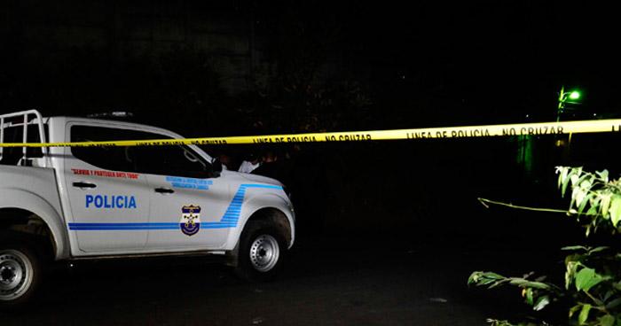 Asesinan a tres hombres que departían en una tienda en San Luis Talpa, La Paz
