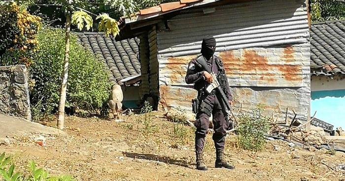 Asesinan a balazos a un jornalero de 50 años, en cantón de San Miguel