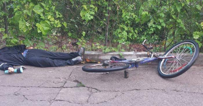Delincuentes asesinan a un hombre, a balazos y machetazos en San Sebastian, San Vicente