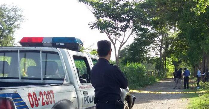 Pandillero asesinado por desconocidos vestidos de negro en La Paz