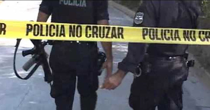 Mareros matan a dos miembros de la pandilla rival en el parque Colón, Santa Ana