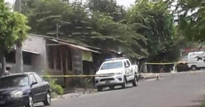 Asesinan a un hombre en la calle José Simeón Cañás de La Libertad