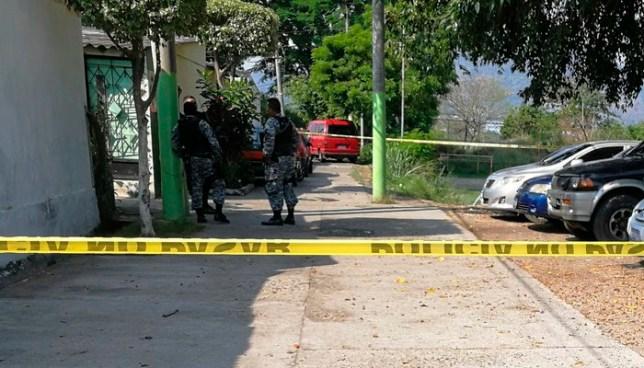 Degüellan a un pandillero en una cancha en Jardines del Pepeto, de Soyapango