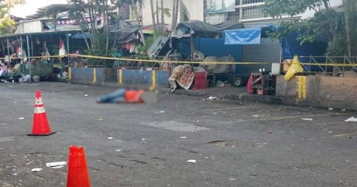 Asesinan a taxista en el Mercado Central de San Salvador