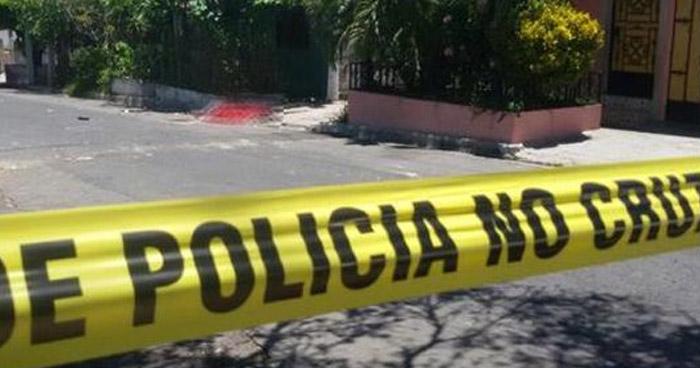 Hombre muere luego de ser atacado con arma blanca en colonia de Tecapán, Usulután