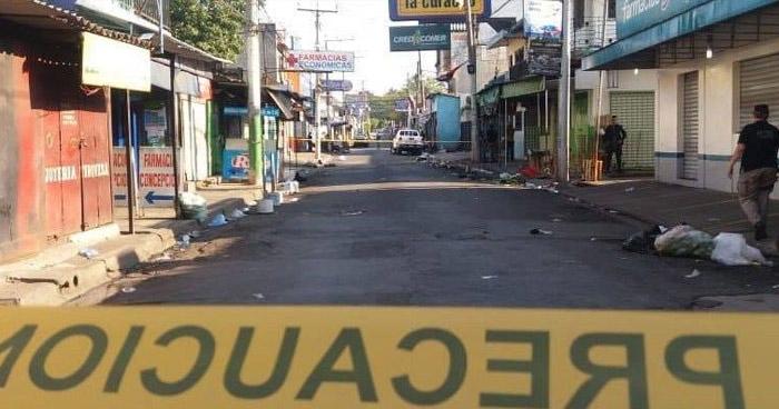 Hombre fue asesinado frente a una cantina en Apopa