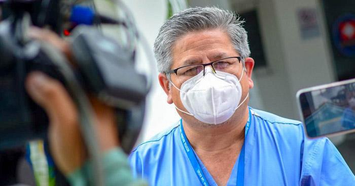 Inician traslado de pacientes con COVID-19 al Hospital El Salvador