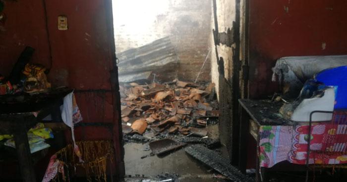 San Miguel: Cinco viviendas de una Mesón resultaron quemadas tras un incendio