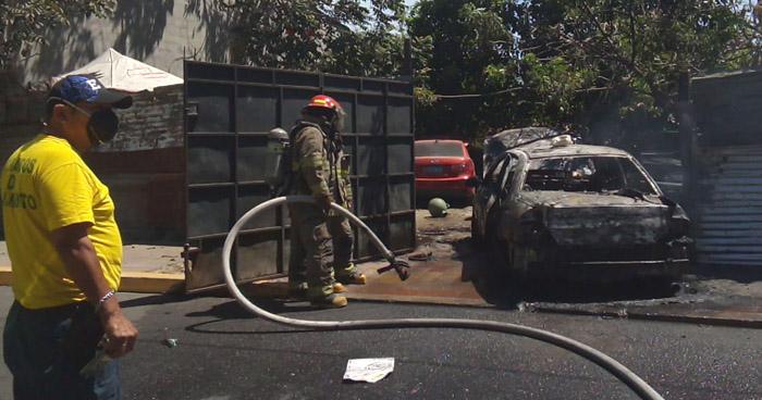 Hombre con quemaduras de segundo grado tras incendio en taller