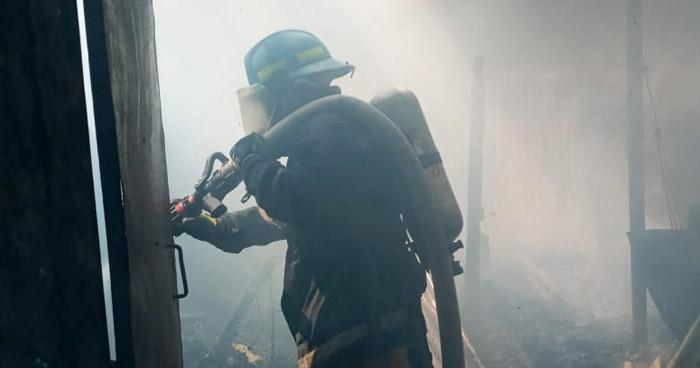 Sofocan incendio en vivienda de El Tránsito, San Miguel