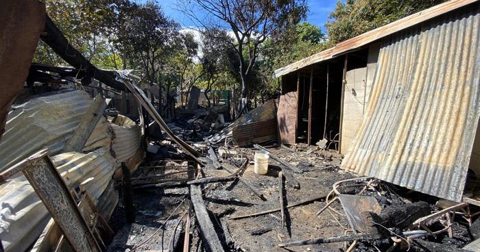 Dos viviendas dañadas tras incendio en San Miguel