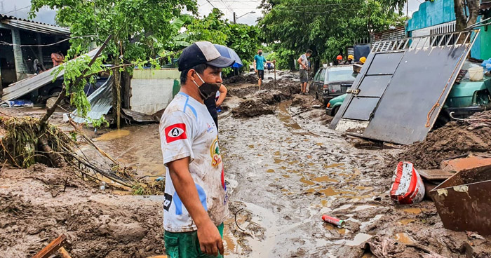 Tormenta Amanda deja 14 fallecidos, 1 desaparecido y alrededor de 900 viviendas dañadas