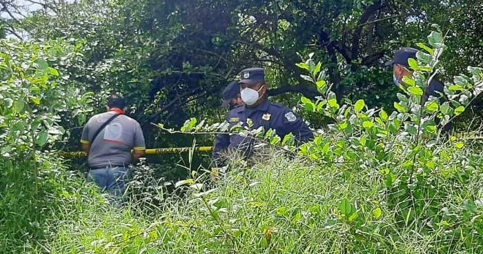 Hombre intenta suicidarse tras asesinar a golpes a su pareja en Ahuachapán
