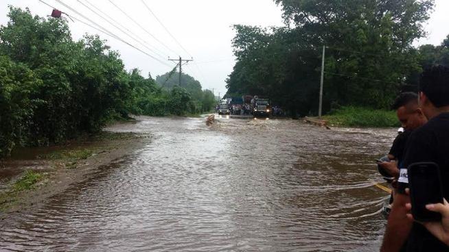 Ríos aumentan su caudal por lluvias intensas de las últimas horas