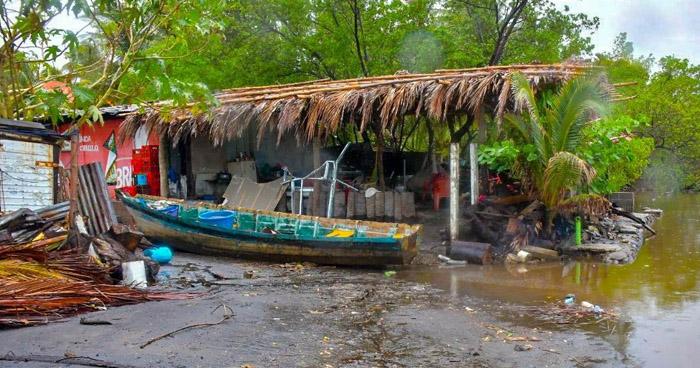 24 viviendas de El Majahual se inundaron esta mañana
