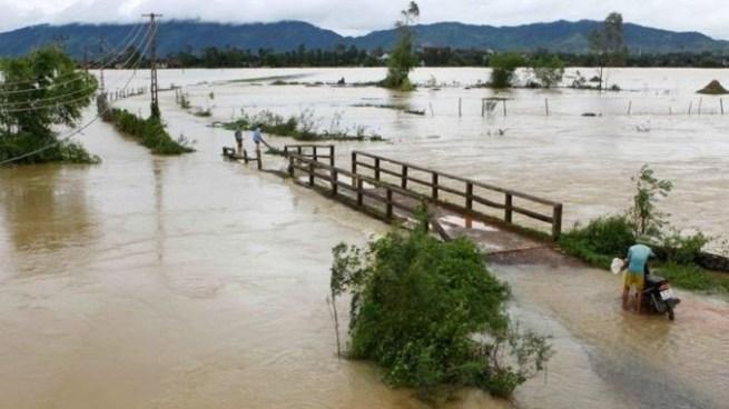 Inundaciones por tormenta tropical en Vietnam deja 54 muertos y 39 desaparecidos