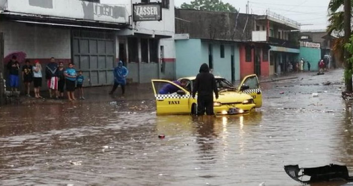 Lluvias dejan 16 fallecidos, 7 desaparecidos y más de 24 mil familias afectadas