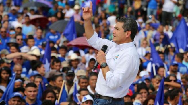 Finaliza escrutinio de elecciones en Honduras y Juan Orlando Hernández obtiene mayoría de votos