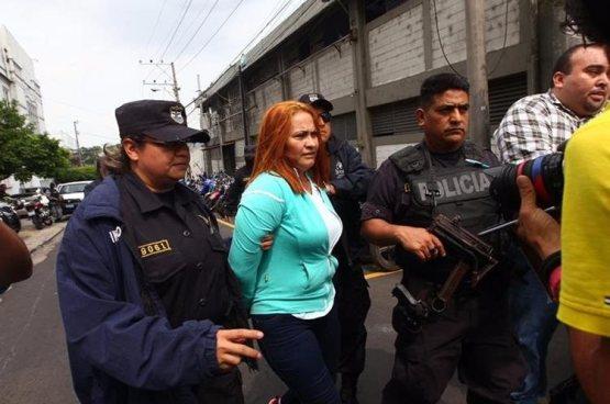 """Capturan a 3 cómplices que ayudaron en la fuga de """"La Patrona"""" en Guatemala"""