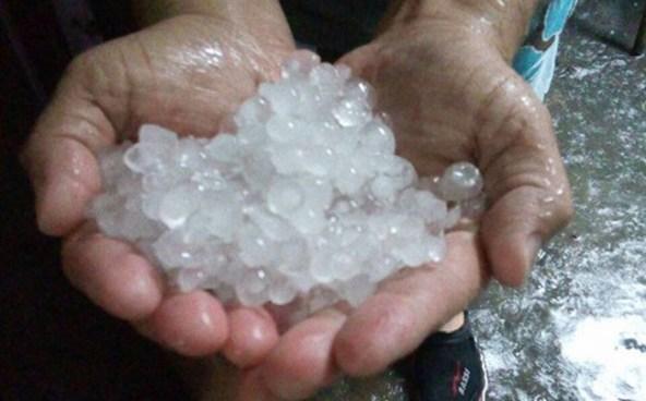 Lluvia hasta con granizo sobre el territorio salvadoreño