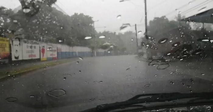 Lluvias continuarán sobre el territorio por el paso de una Onda Tropical