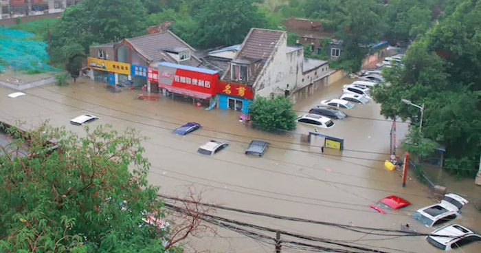Al menos 25 muertos dejan fuertes lluvias e inundaciones en el centro de China