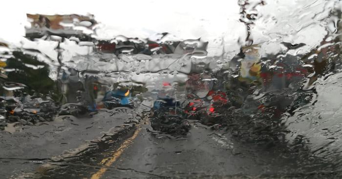 Lluvias tipo temporal continuarán durante horas diurnas y nocturnas