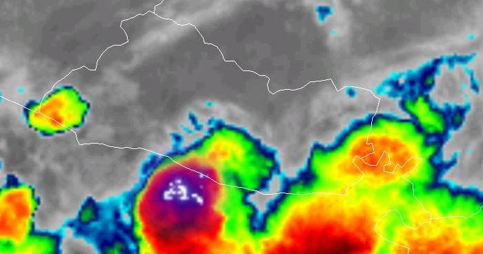Probabilidades de lluvias concentradas en la zona costera y cadena volcánica central