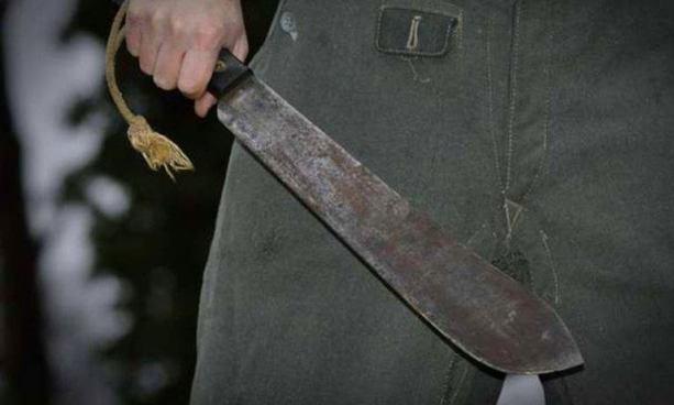 Hombre en estado de ebriedad mata a su propio padre a machetazos en Sensuntepeque, Cabañas