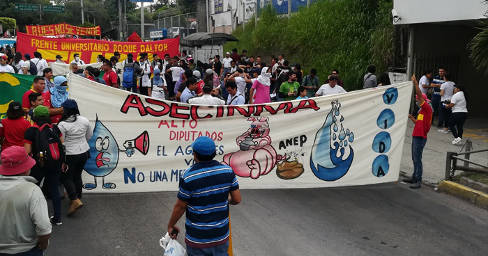 73 organizaciones marcharán hacia la Asamblea Legislativa en contra de la Privatización del Agua